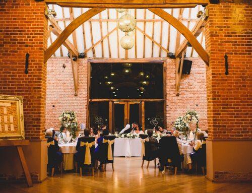 Glamourous winter fairy tale wedding